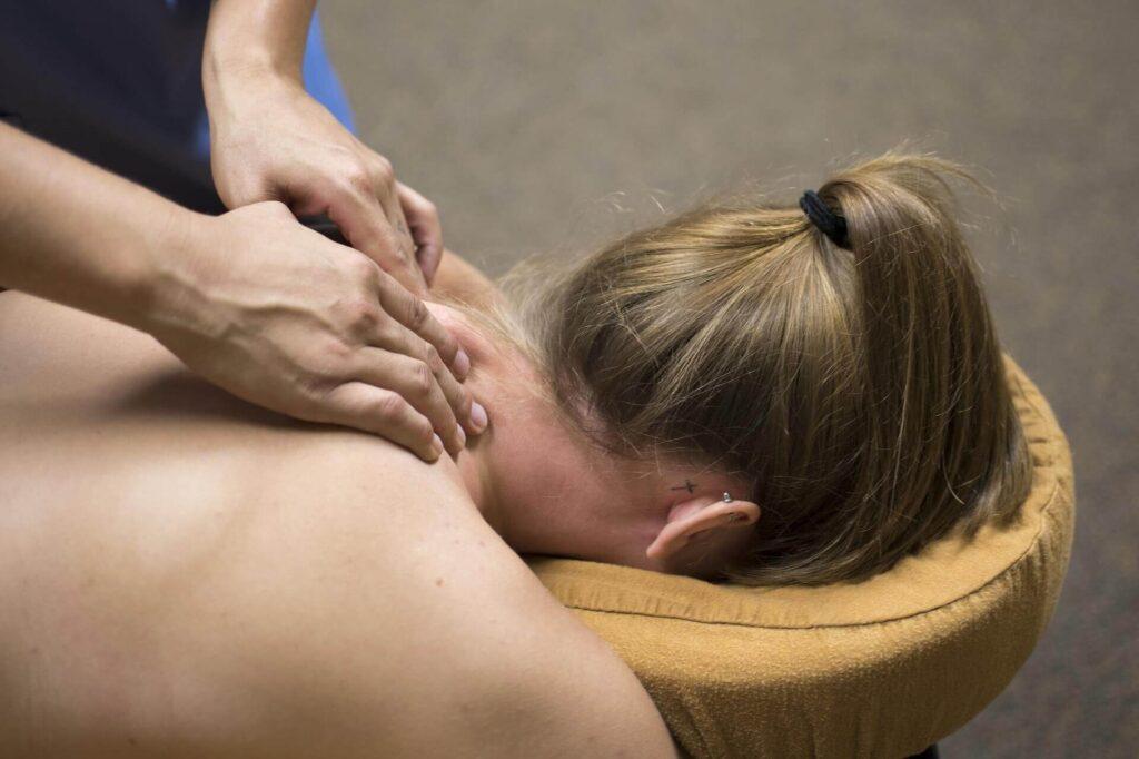 wellness massage, helkropsmassage hos vejgaard-fysioterapeut.dk